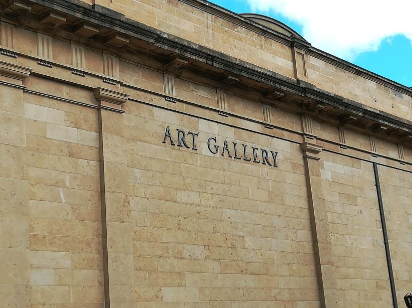 Galeria Sztuki !